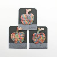 りんご和紙ブローチ / KUBORIm