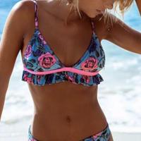 ローズ柄がフェミニンで可愛い ビキニ 水着 ブルー ピンク