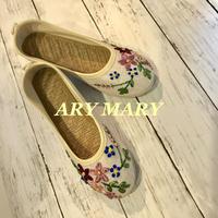 エスパドリーユ☆レトロスタイル花柄刺繍のシューズ