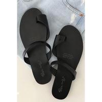 tong sandals/black