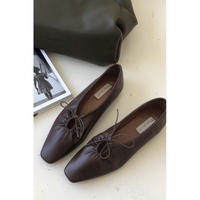 gather ribbon shoes/brown[0003]