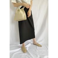 back slit basic skirt