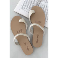tong sandals/ivory
