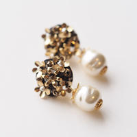 Metal Flower Baroque Pearl Earrings/Pierces