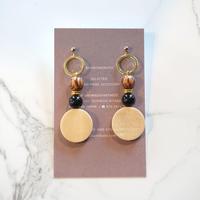 kicca jewelry // ピアス&イヤリング ウッド オニキス ゴールド