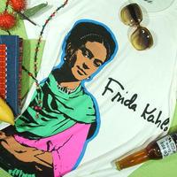 【嗚呼、フリーダを見るたびに…】Frida Kahlo Tshirtフリーダ・カーロのTシャツ【サイズ:XM(大きめM)、L 】【5000円以上で】送料無料 Tシャツ メンズ 半袖 プリント 画家 F