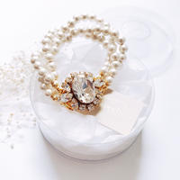 Crystal Bijoux × Pearl Bracelet