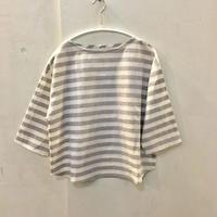 クロスTシャツ