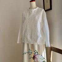 クラウドシャツ      コットン花刺繍オフホワイト