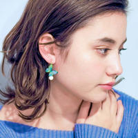 Bluegreen Butterfly Hook Earrings with Pearl [Pierced]