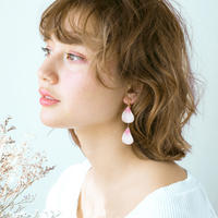 Cherry Blossom Petal Earrings / Asymmetric [Pierced Or Clip-on]