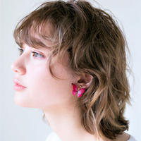 Red pink butterfly dressed in rouge [Pierced Or Clip-on]