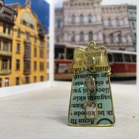 チェスキークルムロフのビルのブローチ