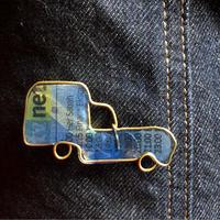 ルノー  キャトル フルゴーネット青黄 イメージのブローチ