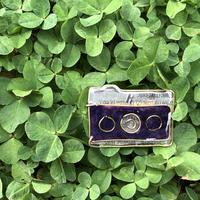 ローライ35イメージのカメラのブローチ