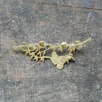西川美穂 小枝のブローチ/ 真鍮