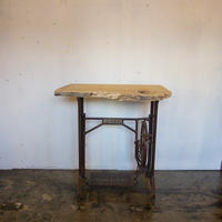ミシン台リメイクテーブル