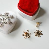 AVONエイボン2WAY 雪の結晶 ピアス サテン刺繍BOX付き/ ヴィンテージアクセサリー