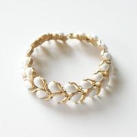 TRIFARIトリファリ ホワイト ドロップ ミルクガラス ブレスレット / ヴィンテージ・コスチュームジュエリー