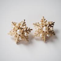 TRIFARIトリファリ 雪の結晶 パールイヤリング / ヴィンテージ・コスチュームジュエリー
