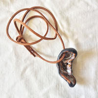 【OMA pottery】 04 right ear|右耳 ( pendant )