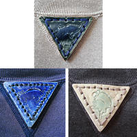 【on RUSSELL】【on champion】OMA gazette sweatshirt   triangle pottery beige / dark gray / navy