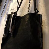 〈目玉〉incarnation ラウンド型ダブルジッパー Calf-Leather SHOULDER 三越伊勢丹商品タグ付き極上未使用品スペシャルプライス