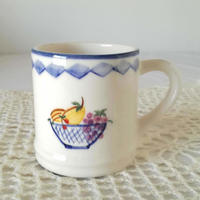 フォルミガ工房 型染めマグカップ:トゥッティ・フルティ
