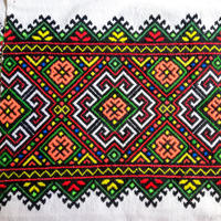 ウクライナ刺繍布 01