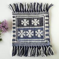 ヤノフ村の織物 ミニタペストリー 幾何学的な花(17×17cm)#2372