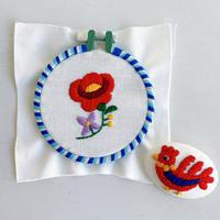 ハンガリー刺しゅう ブローチキット 鳥とバラ オーバル  刺しゅう枠つき
