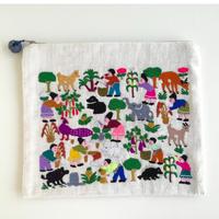 ラオス モン族の手刺繍ポーチ 農村の生活風景 B
