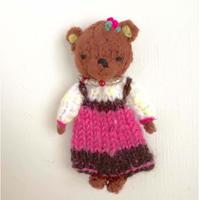 ターニャの指人形 クマの女の子