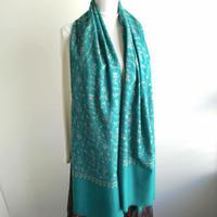 ソズニ刺繍のウールストール:ピーコックブルー