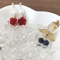 ミニ薔薇とパール ポストピアス