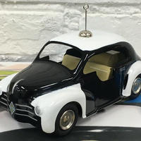 [Toy car]  ブリキRENAULT 4CV POLICE 箱付き Jouets製