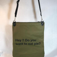 pie プリントショルダーバッグ