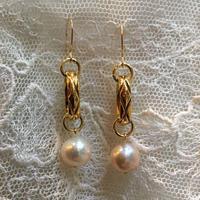 Freaque ヴィンテージゴールドチェーンと真珠のピアス