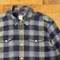 """""""Patagonia"""" Long Sleeve Shirt SIZE : M"""