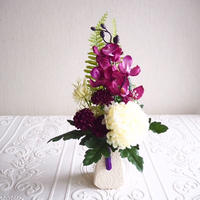 ●新作 仏花【枯れない お供え花】優美マゼンタ& ホワイト*お花たっぷり 陽花B40