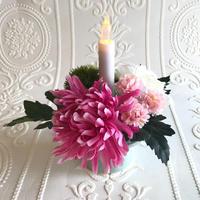 ◎再販 仏花〈火を使わない LED ロウソク 〉お供え花*鞠花 B31  (花器 薄翡翠色)