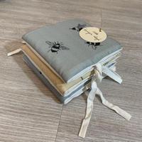 アウトレット KONGES SLØJD Fabric Book Boy