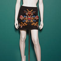 【migration】Flower embroidery tight skirt / mg-175 / 花刺繍ミニスカート