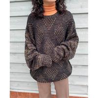 black design sweater