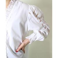 EUR vintage embroidery sleeve blouse