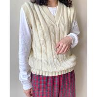 EUR vintage wool cable vest
