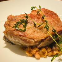 フランス産 仔鴨モモ肉のコンフィ