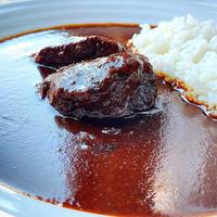 米沢牛スネ肉の柔らか煮込み スパイス香る欧風カレー