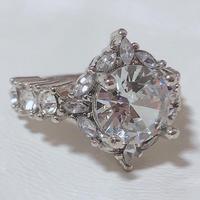 BO44 crystal ring