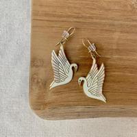 USED happy color pierce (swan)